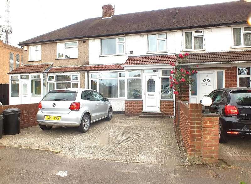 3 Bedrooms Terraced House for sale in Watersplash Lane, Hayes, UB3 4QS
