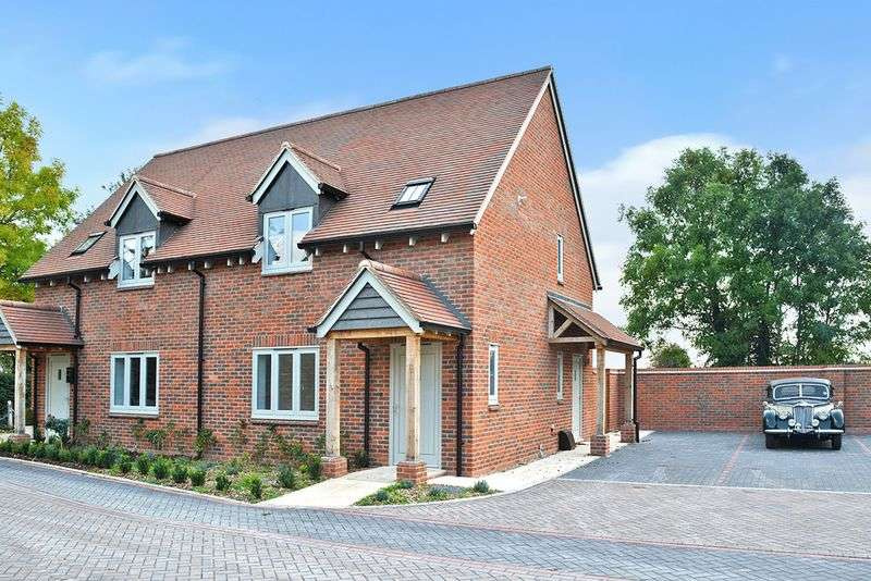 2 Bedrooms Property for sale in Wantage, Wantage