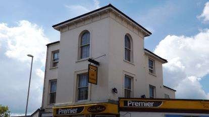 8 Bedrooms Maisonette Flat for sale in Southsea, Hampshire, United Kingdom