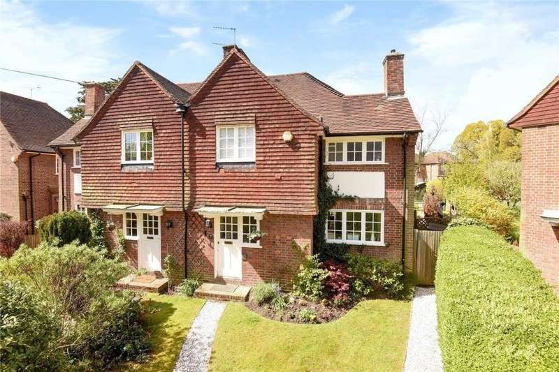 3 Bedrooms Semi Detached House for sale in Bede Close, Pinner