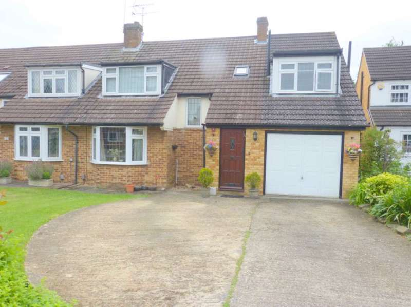4 Bedrooms Semi Detached House for sale in Park Crescent, Elstree