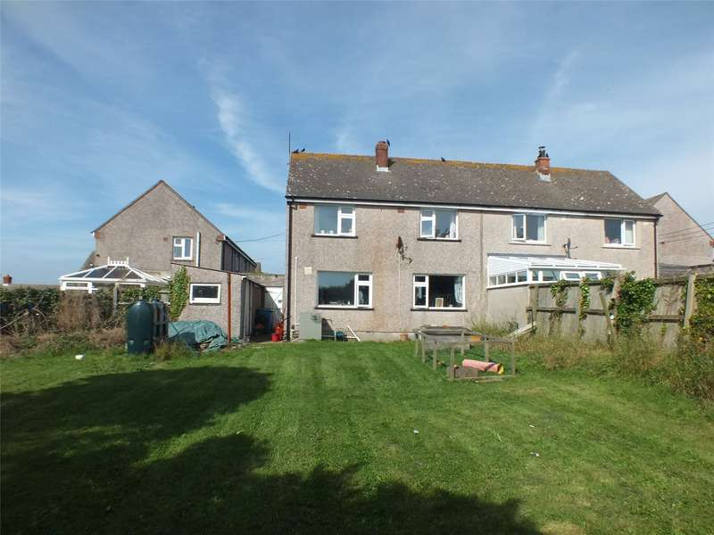 3 Bedrooms Semi Detached House for sale in Trewarren Close, St. Ishmaels, Haverfordwest