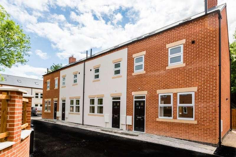 3 Bedrooms Property for rent in Baker Close, Long Eaton NG10 4NG