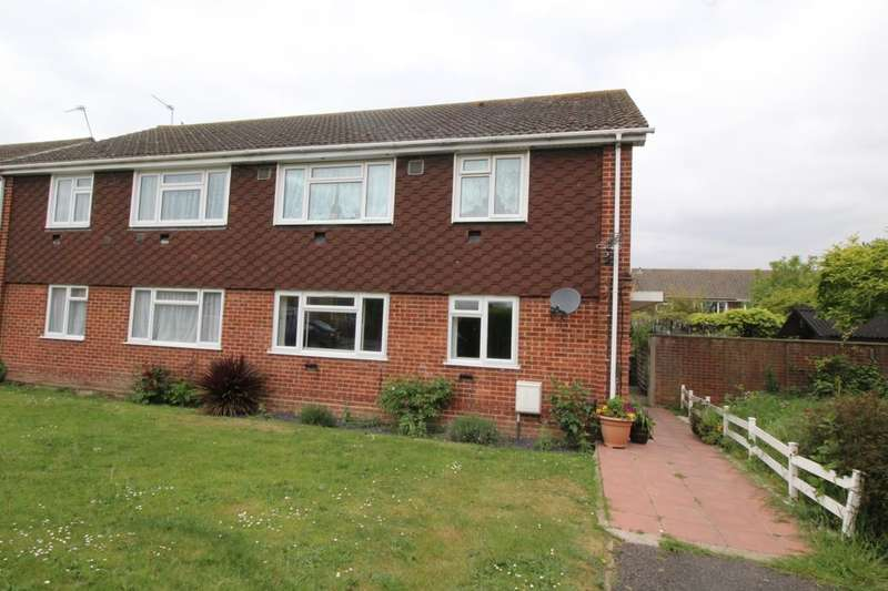2 Bedrooms Flat for sale in Benen-Stock Road, Staines-Upon-Thames, TW19