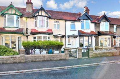 3 Bedrooms Terraced House for sale in Stanley Road, Heysham, Morecambe, Lancashire, LA3