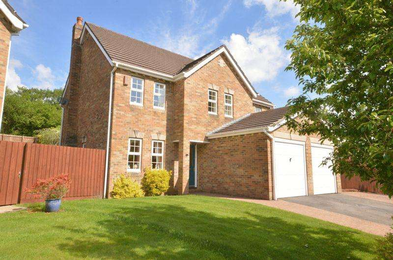 5 Bedrooms Detached House for sale in 8 The Grange, School Road, Miskin, Vale of Glamorgan, CF72 8PH