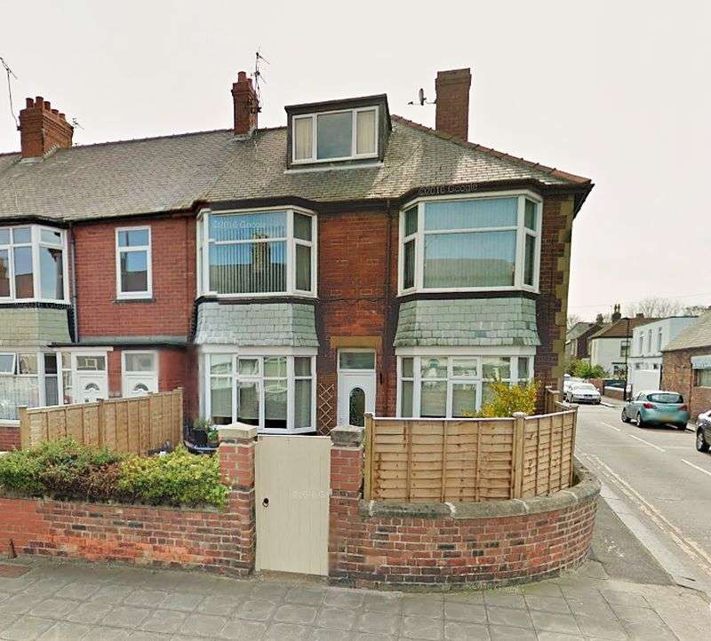 2 Bedrooms Property for sale in Egremont Place, Whitley Bay