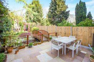 4 Bedrooms Terraced House for sale in Whitstable Road, Canterbury, Kent, Uk