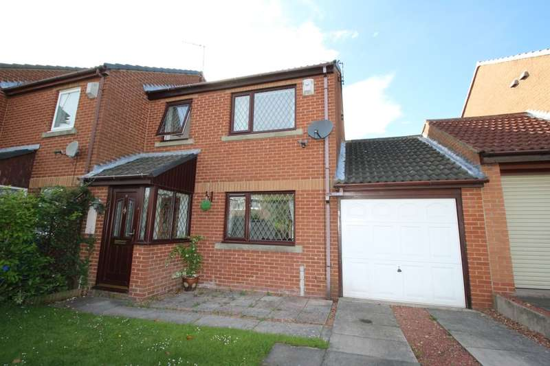 3 Bedrooms Semi Detached House for sale in Wallington Court, Seaton Delaval, Whitley Bay, NE25