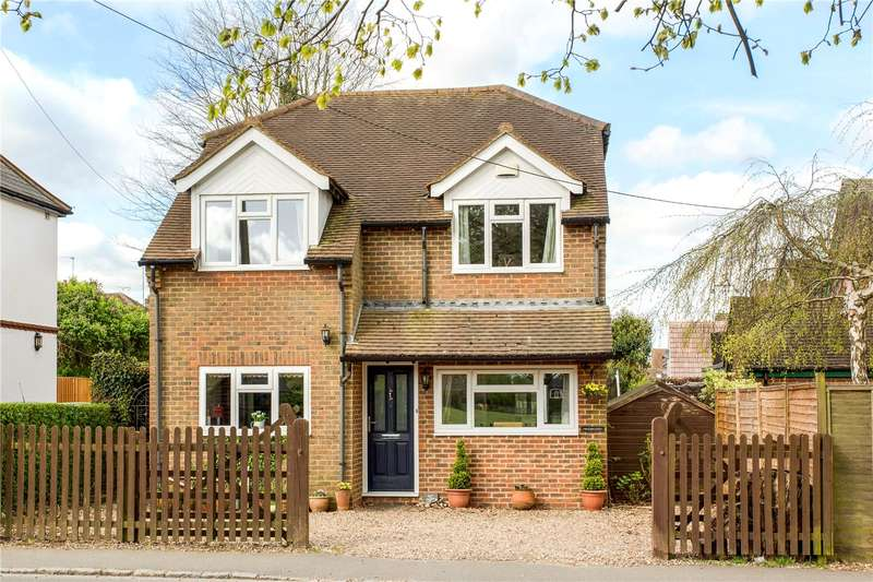 4 Bedrooms Detached House for sale in Missenden Road, Great Kingshill, High Wycombe, Buckinghamshire, HP15