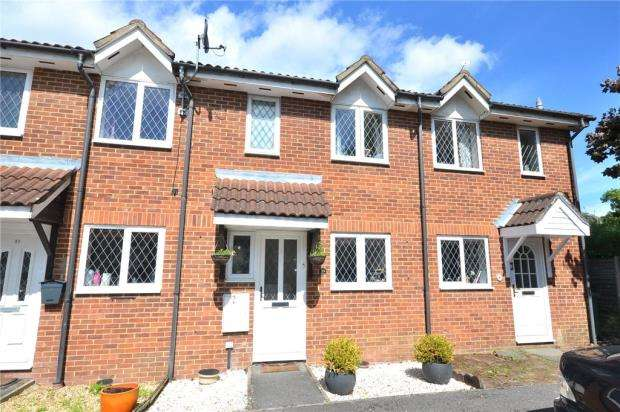 2 Bedrooms Terraced House for sale in Radcliffe Way, Bracknell, Berkshire