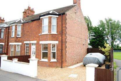 2 Bedrooms Semi Detached House for sale in King's Lynn, Norfolk
