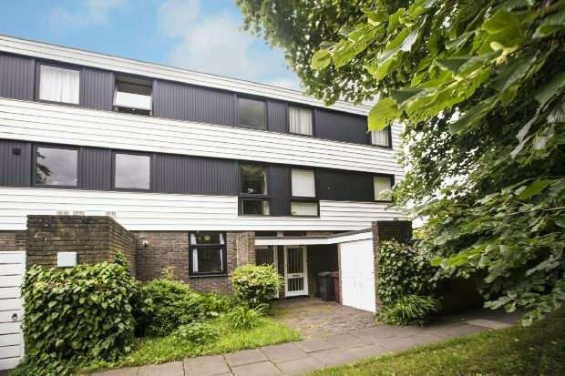 3 Bedrooms Maisonette Flat for sale in Oaklands, Bulmershe Road, Reading