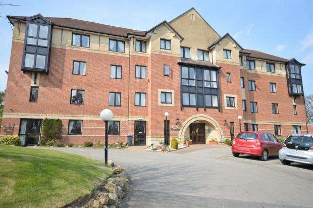 1 Bedroom Apartment Flat for sale in Hartford Court, Filey Road, Scarborough, North Yorkshire, YO11 2TP