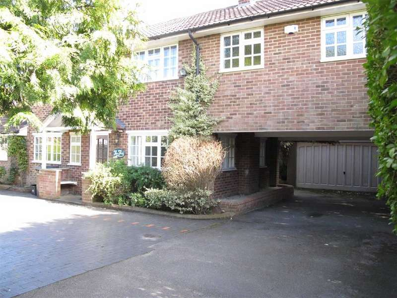 4 Bedrooms Property for sale in Weydon Lane, Farnham