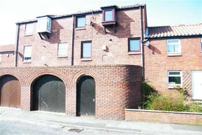 4 Bedrooms House for rent in The Pantiles, Usworth