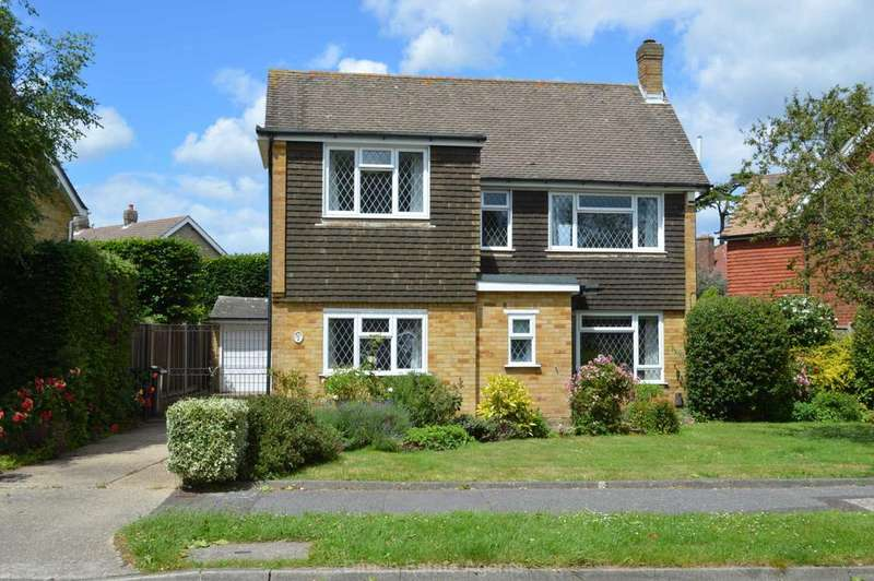3 Bedrooms Detached House for sale in Mound Close, Gosport