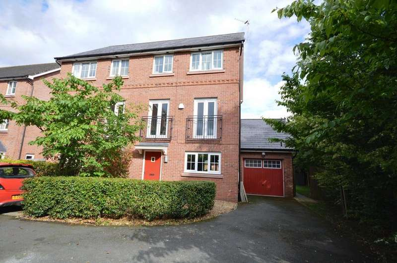 4 Bedrooms Town House for sale in School Drive, Lymm