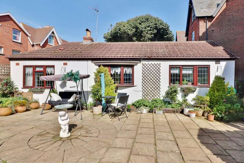 1 Bedroom Detached Bungalow for sale in Victoria Road North, Southsea