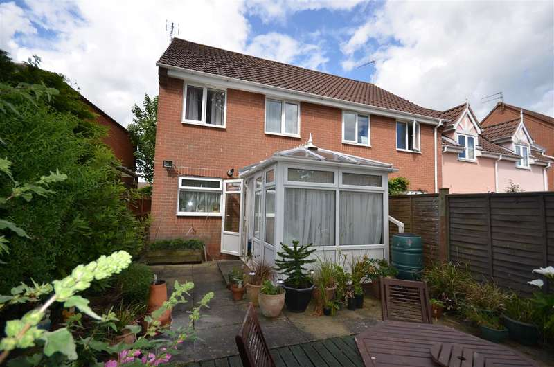 3 Bedrooms House for sale in Acle, Norwich, NR13