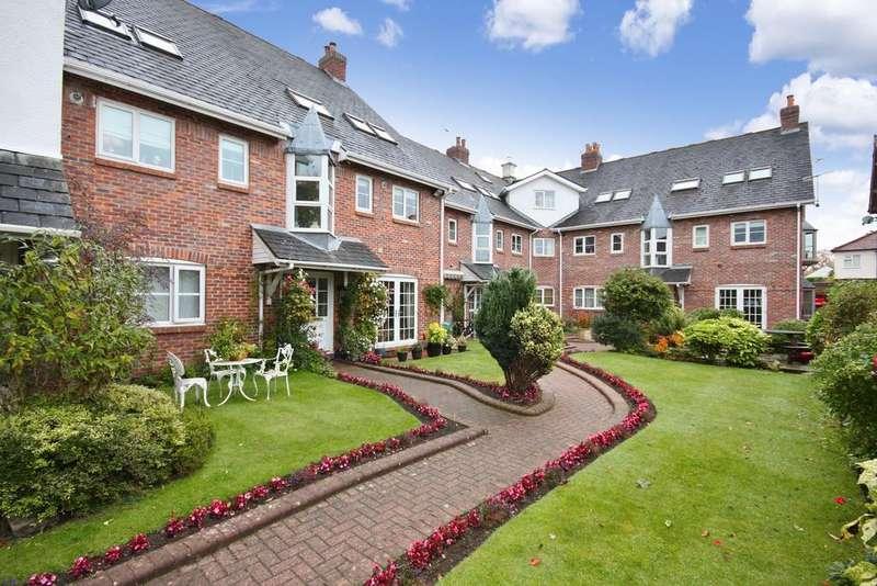 2 Bedrooms Apartment Flat for sale in Regent Park Court, Gravel Lane, Wilmslow