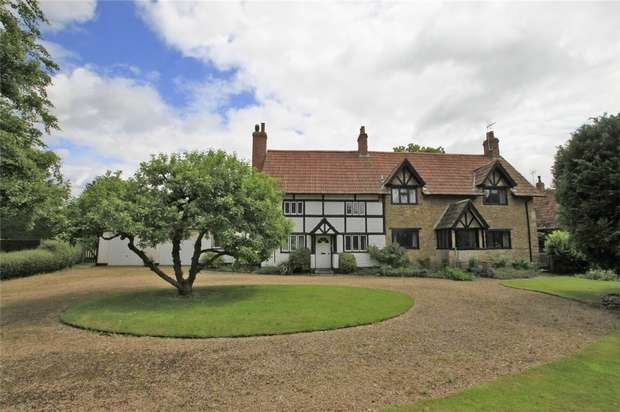 5 Bedrooms Detached House for sale in The Gables, 25 High Street, Steeple Ashton, Wiltshire