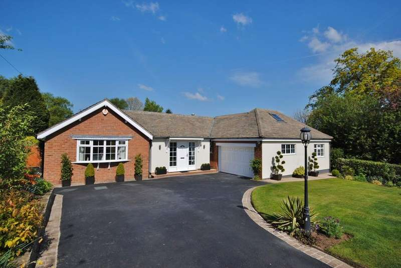 3 Bedrooms Detached Bungalow for sale in Little Meadow Close, Prestbury