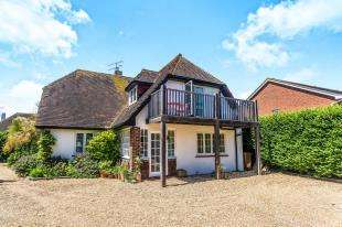 3 Bedrooms Detached House for sale in Southdean Drive, Middleton On Sea, Bognor Regis, West Sussex