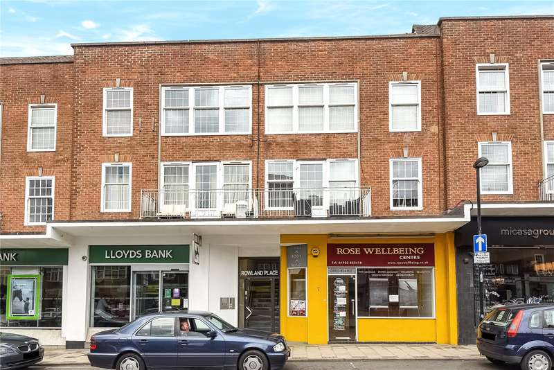 2 Bedrooms Apartment Flat for sale in Rowland Place, Green Lane, Northwood, Middlesex, HA6