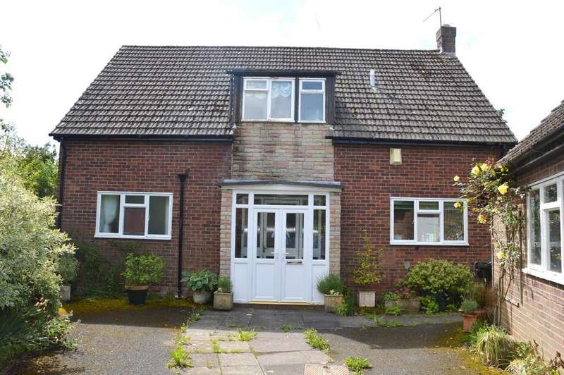 3 Bedrooms Detached House for sale in 15 Chartwell Close, Church Stretton SY6