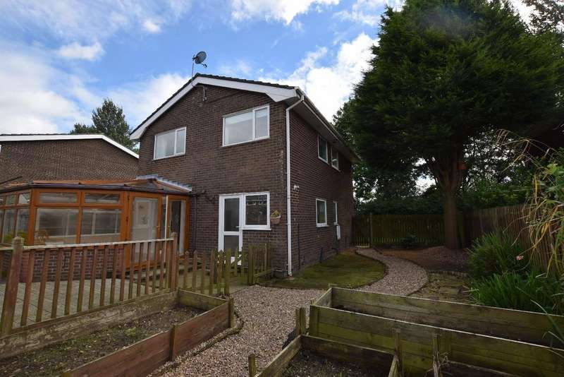 4 Bedrooms Detached House for sale in Elmfield, Chapel-en-le-Frith, High Peak