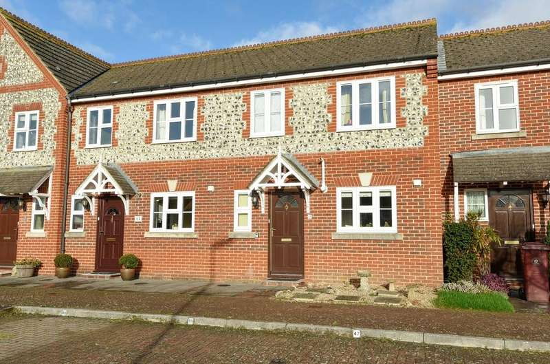 3 Bedrooms House for sale in King George Gardens, Chichester, PO19