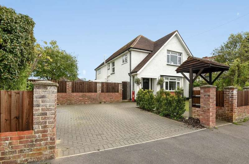 4 Bedrooms Detached House for sale in Aigburth Avenue, Rose Green, Bognor Regis, PO21