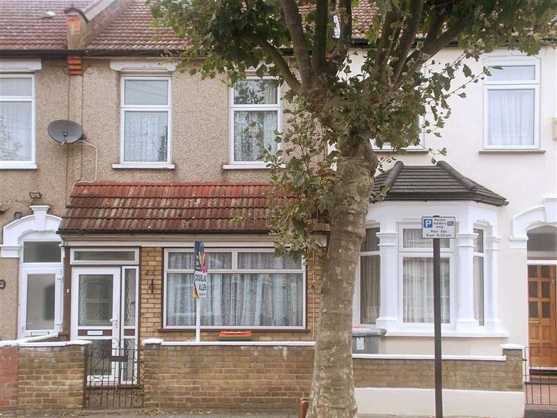 3 Bedrooms Terraced House for sale in Clacton Road, East Ham, London