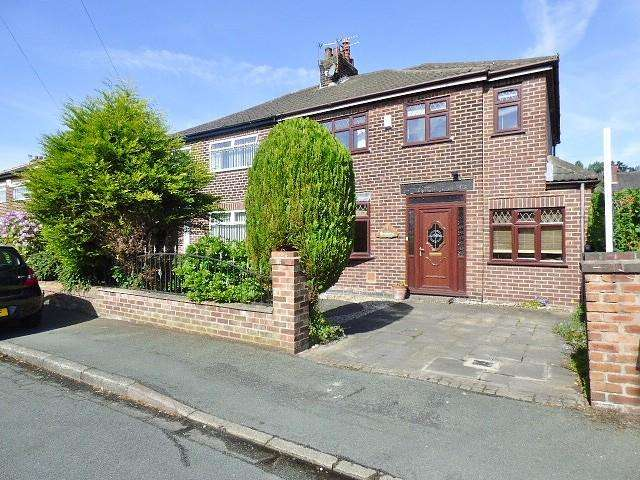 4 Bedrooms House for sale in Hillberry Crescent, Warrington