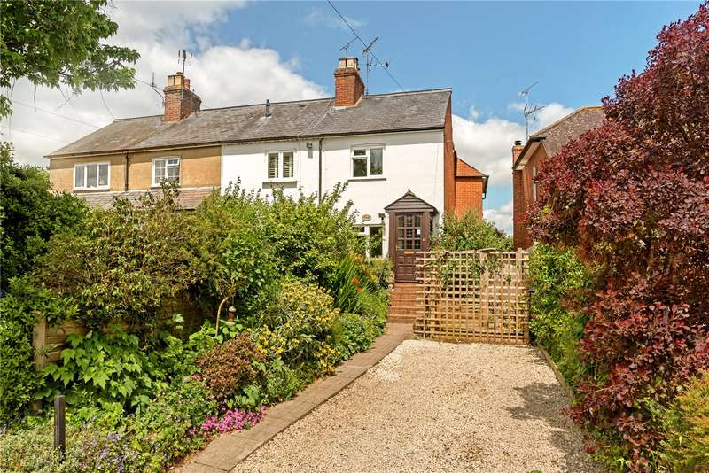 3 Bedrooms Semi Detached House for sale in Heather View Cottages, West End Lane, Frensham, Farnham, GU10