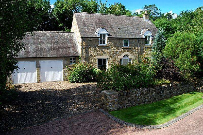 4 Bedrooms Detached House for sale in Cromwell Close, Morpeth