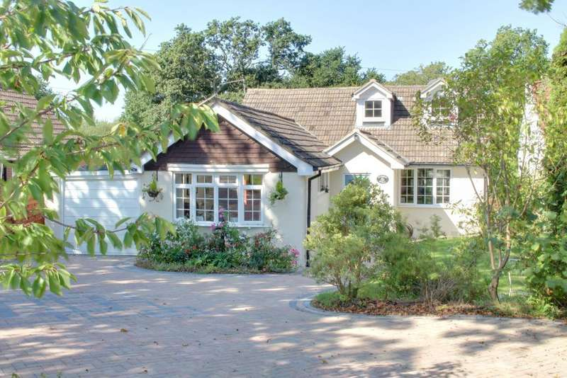 3 Bedrooms Detached Bungalow for sale in UPPER CRABBICK LANE, DENMEAD
