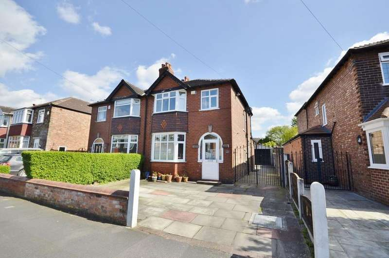 3 Bedrooms Semi Detached House for sale in Perry Road, Timperley, Altrincham
