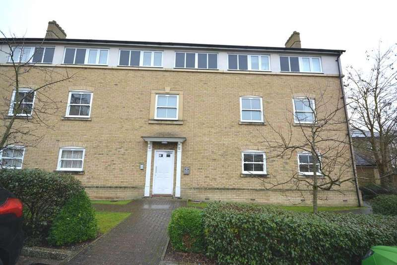 2 Bedrooms Apartment Flat for sale in Holden Close, Braintree, Essex, CM7