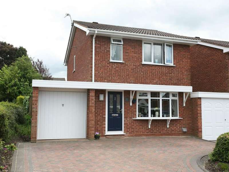3 Bedrooms Link Detached House for sale in 40 Ansty Drive, Heath Hayes, WS12 3TZ