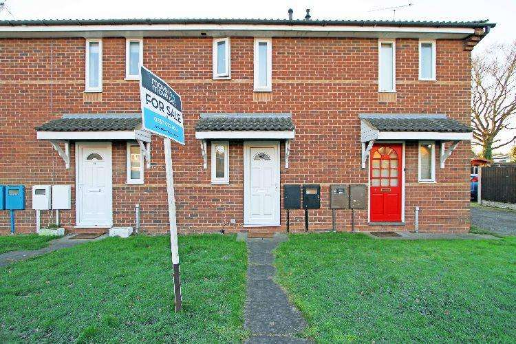 1 Bedroom Town House for sale in Carling Avenue Worksop Nottinghamshire