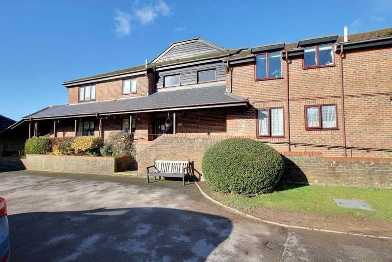 2 Bedrooms Retirement Property for sale in CLANFIELD