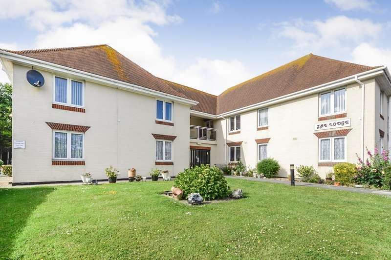 1 Bedroom Flat for sale in The Lodge, Brookfield Road, Bexhill On Sea, TN40