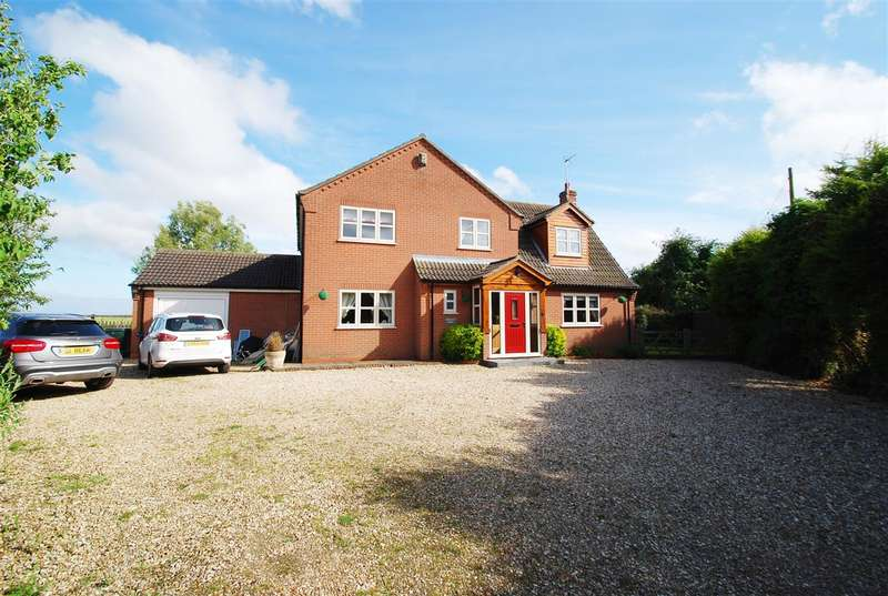 4 Bedrooms Detached House for sale in Longacre Lodge, Station Road, Little Steeping, Spilsby