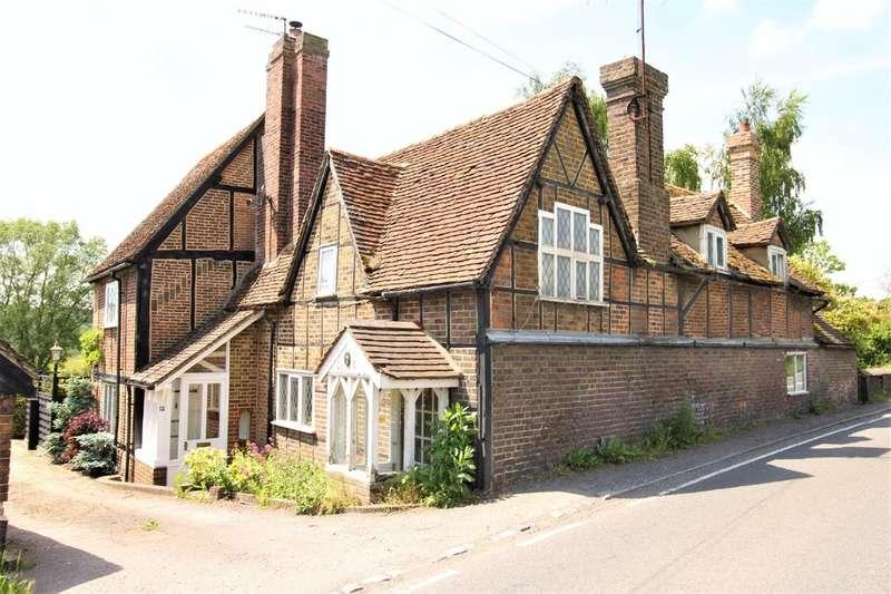 3 Bedrooms End Of Terrace House for sale in Water End, Hemel Hempstead
