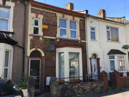 2 Bedrooms Terraced House for sale in Napier Road, Eastville, Bristol