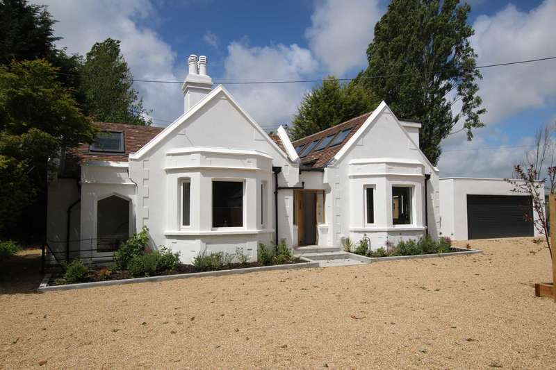 8 Bedrooms Detached House for sale in West Lodge, Hailsham Road, Stone Cross BN24 5BS
