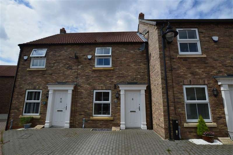 3 Bedrooms Terraced House for sale in High Bow, Back Westgate, Hornsea, East Yorkshire