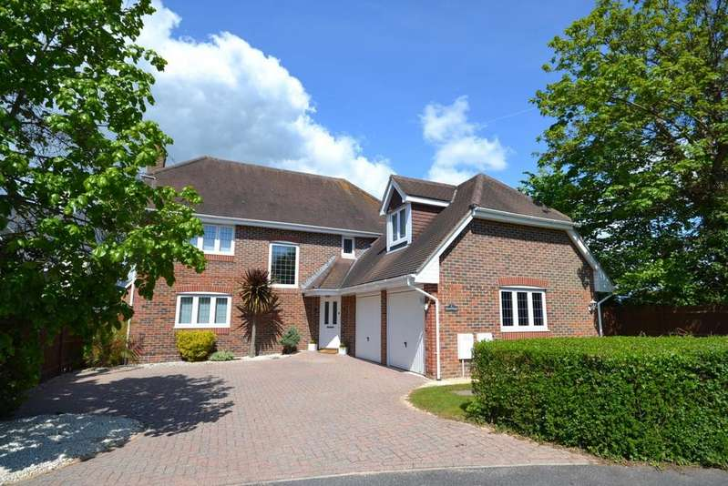 4 Bedrooms Detached House for sale in Mill Lane, Runcton, Chichester, PO20